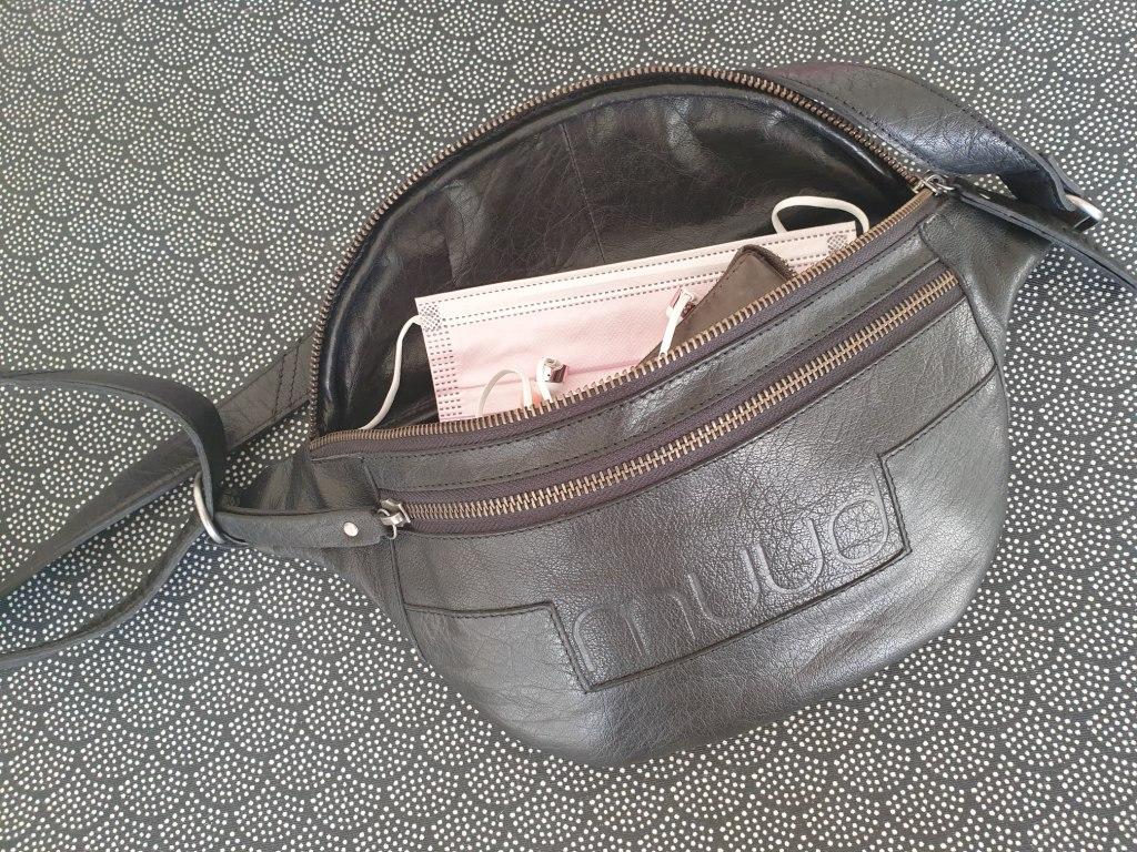 sort bæltetaske i læder fra danske MUUD